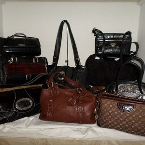 BRIGHTON LOT OF 9 LEATHER NYLON AND CANVAS SATCHEL